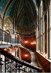 The grand staircase within the St. Pancras Renaissance London Hotel